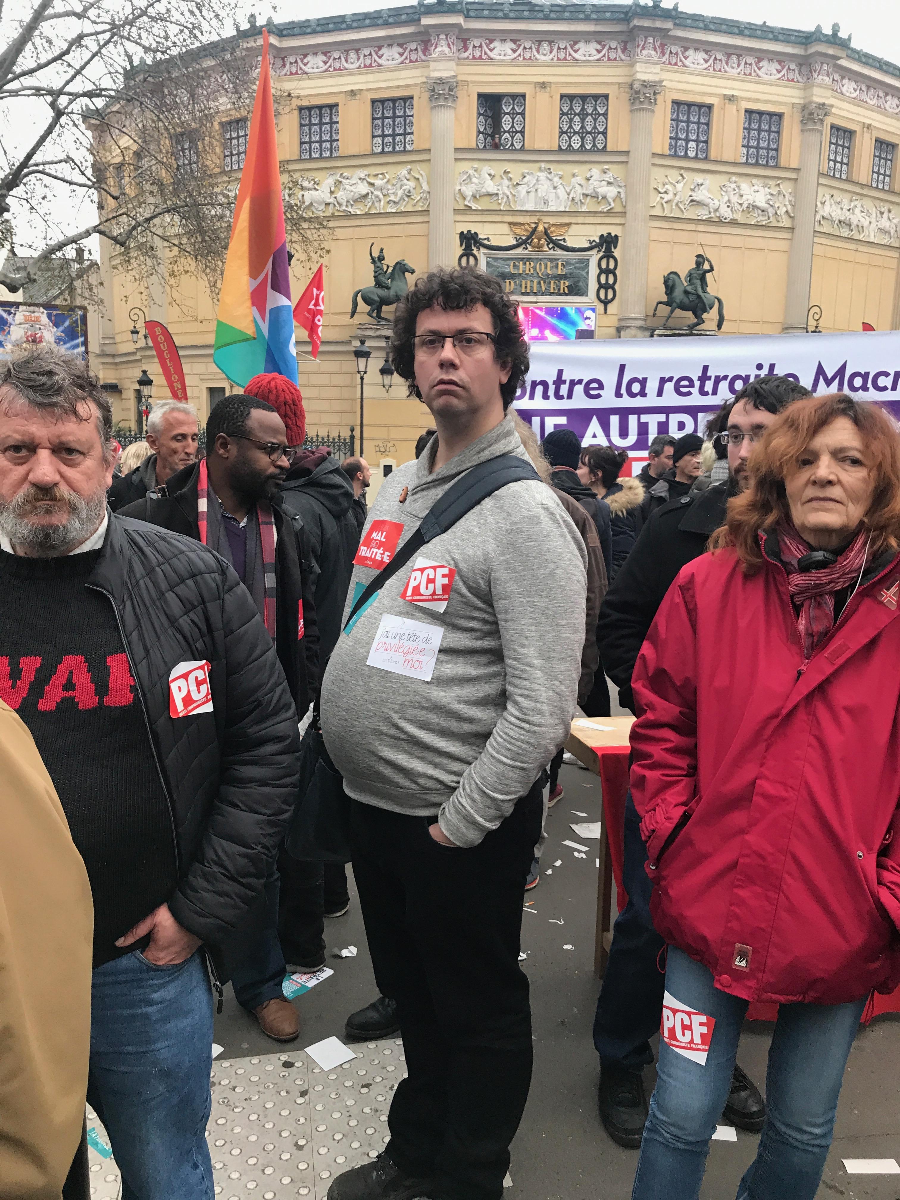 retraites-manif-paris-manifestant